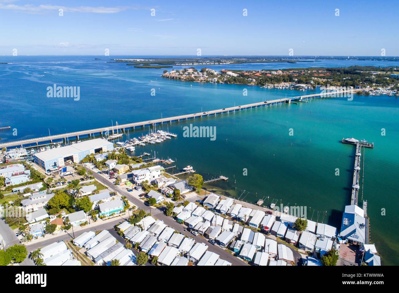 Florida Bradenton Beach Pier Anna Maria Sound Sarasota Bay Estuarine System Cortez Road Bridge aerial overhead view - Stock Image