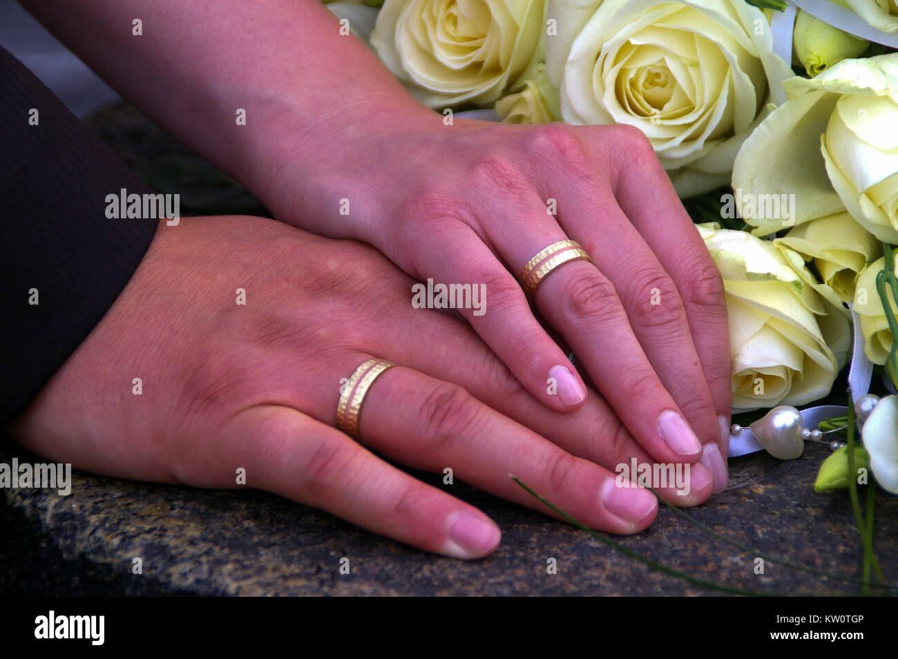 Woman Holding Diamonds,hands Stock Photos & Woman Holding Diamonds ...