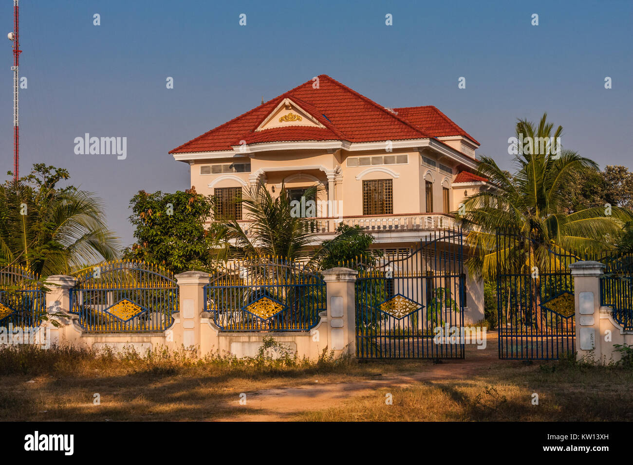 A wealthy house in a Cambodian village - Stock Image