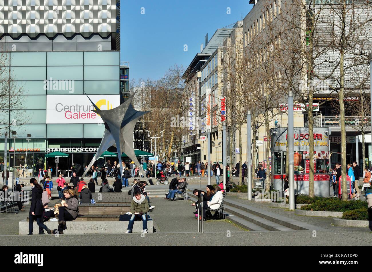 Dresden, Altstadt, Einkaufsmeile Prager Strasse Stock Photo
