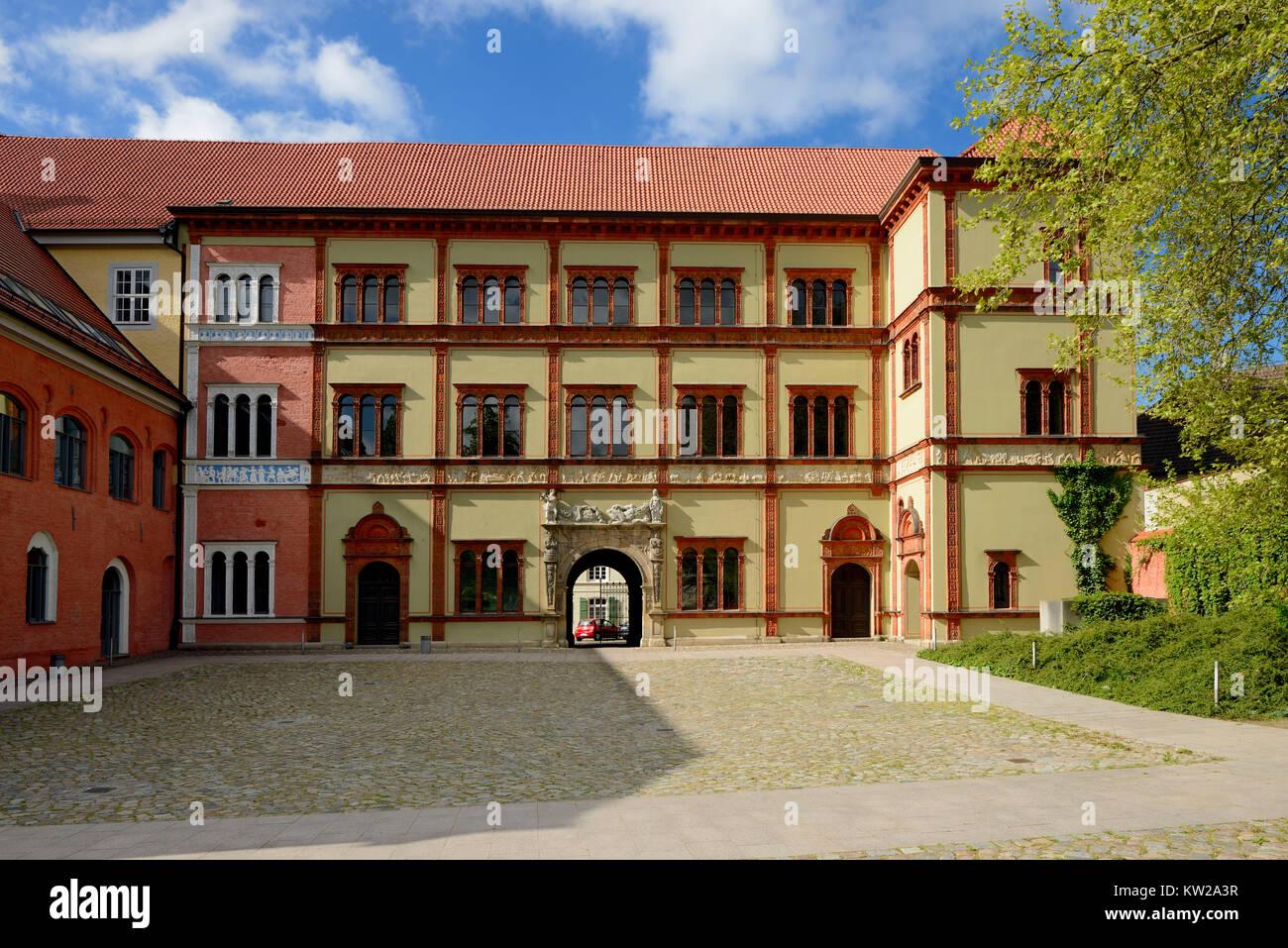 Wismar, Renaissance construction prince's court now district court, Renaissancebau Fürstenhof jetzt Amtsgericht - Stock Image