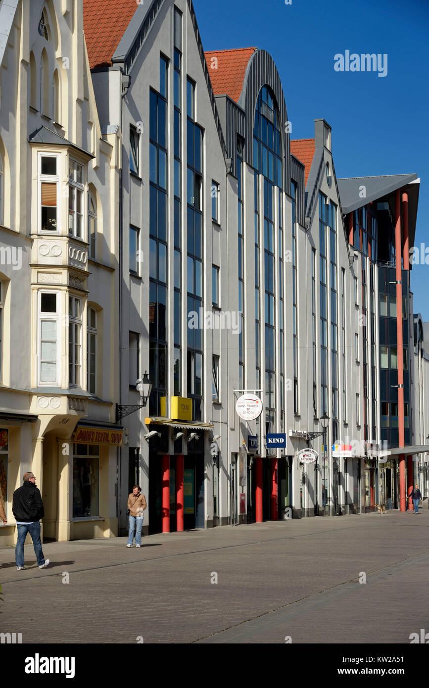 Wismar, new buildings appropriate for style in Altwismarstrasse, stilgerechte Neubauten in der Altwismarstrasse - Stock Image