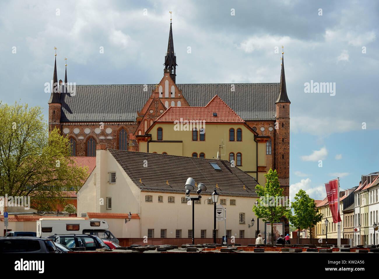 Wismar, prince's court and Saint Georgen church of Saint Marien Kirchhof, Fürstenhof und Sankt Georgen - Stock Image