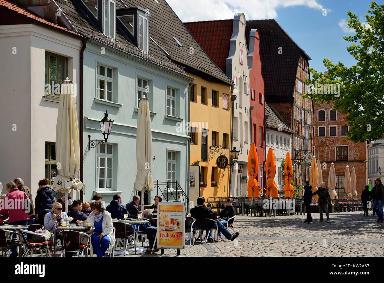 Wismar, historical street of houses mountain Loh, Historischer Strassenzug Lohberg - Stock Image
