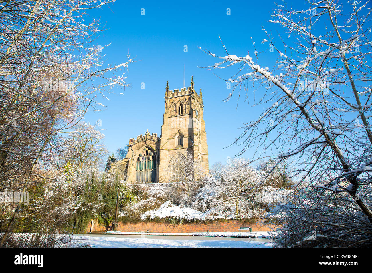 Landscape, exterior shot of St. Mary's Church, Kidderminster, on a beautiful & bright sunny winter morning - Stock Image