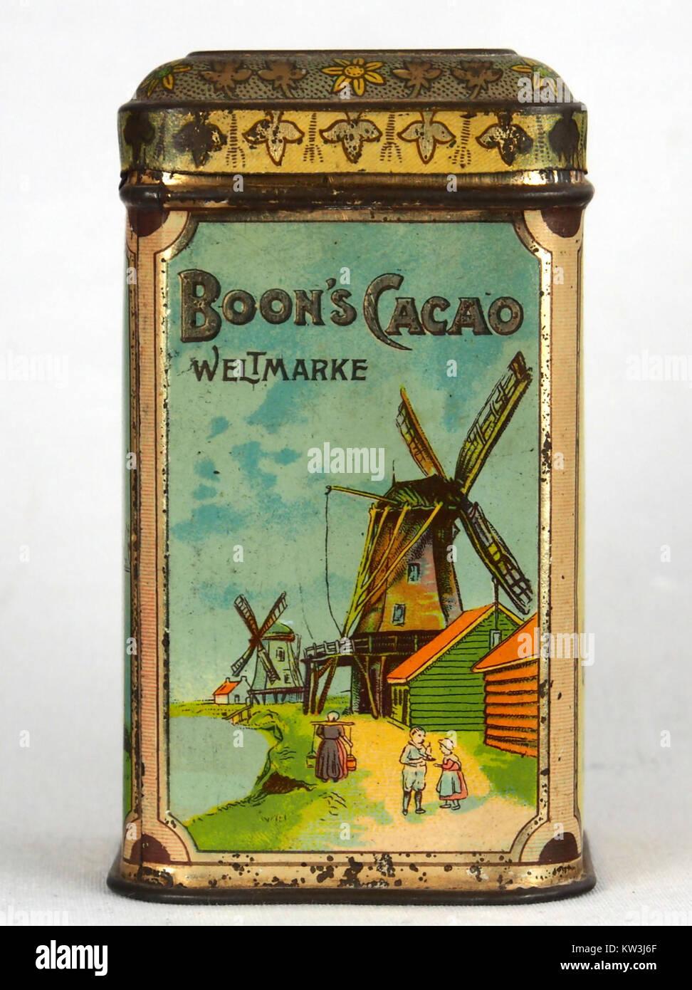 Boons cacao blikje voor export naar Duitsland, foto5 - Stock Image