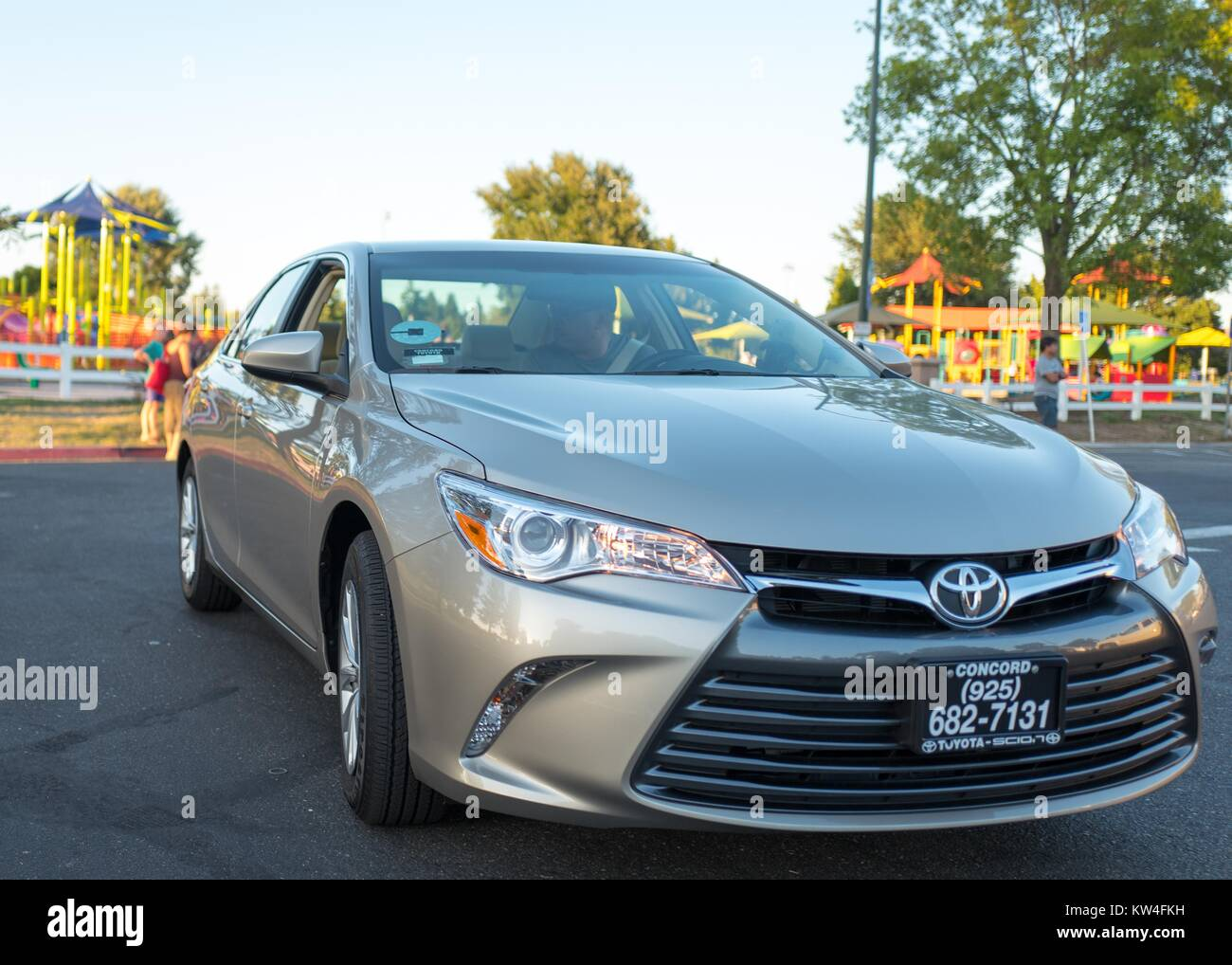 San Francisco Toyota Service >> A Driver For The Uber Car Sharing Service Awaits A Passenger
