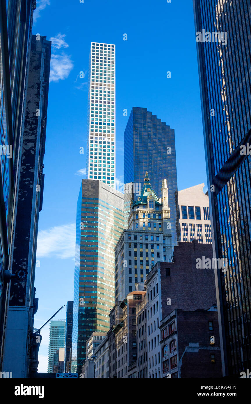 Old and new New York skyscrapers seen along 57th Street in Midtown Manhattan - Stock Image