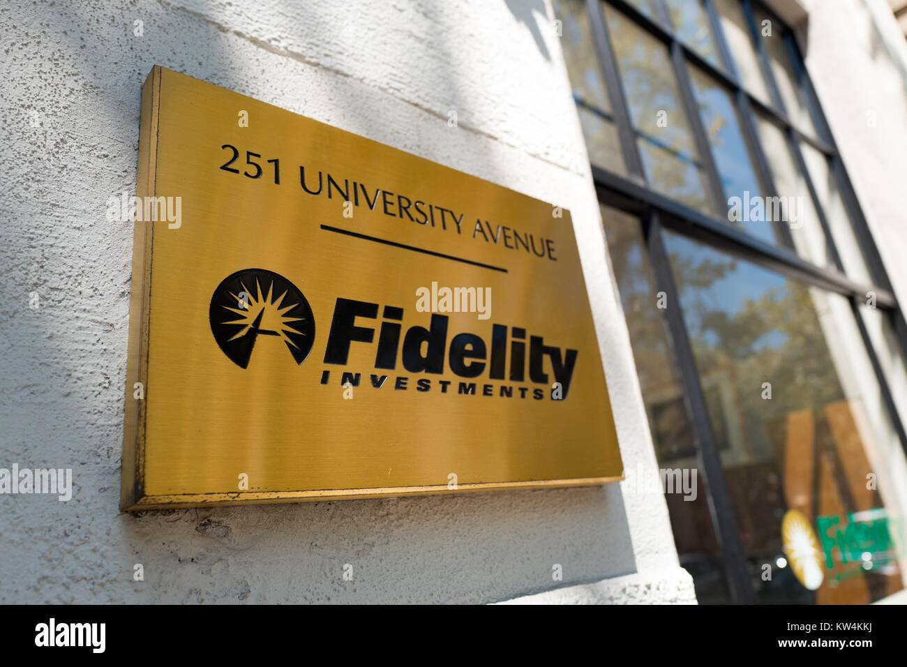 Signage with logo for Fidelity Investments, on University Avenue in the Silicon Valley town of Palo Alto, California, - Stock Image