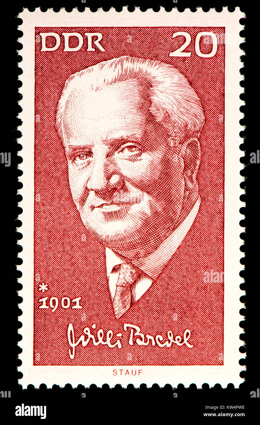 East German (DDR) postage stamp (1971): Willi Bredel (1901 – 1964)  German writer and president of the DDR Academy - Stock Image