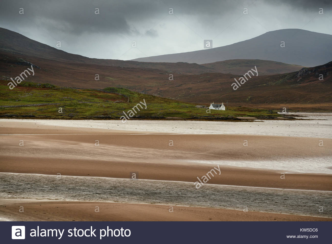 A remote house in the north highlands of Scotland. - Stock Image