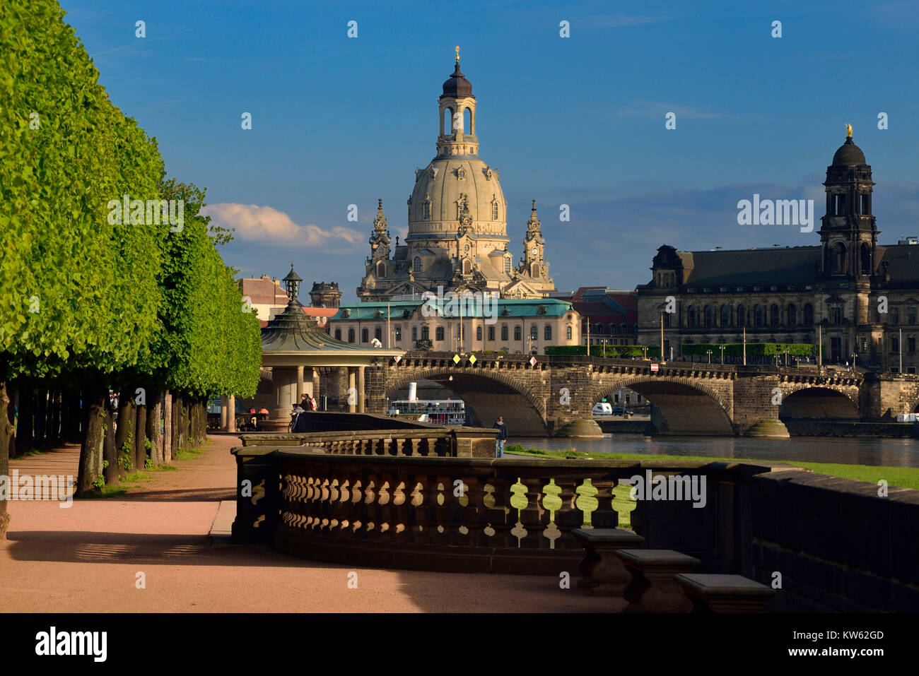 Dresden, Church of Our Lady in the view of the new town-dweller king's shore, Frauenkirche in der Ansicht vom - Stock Image