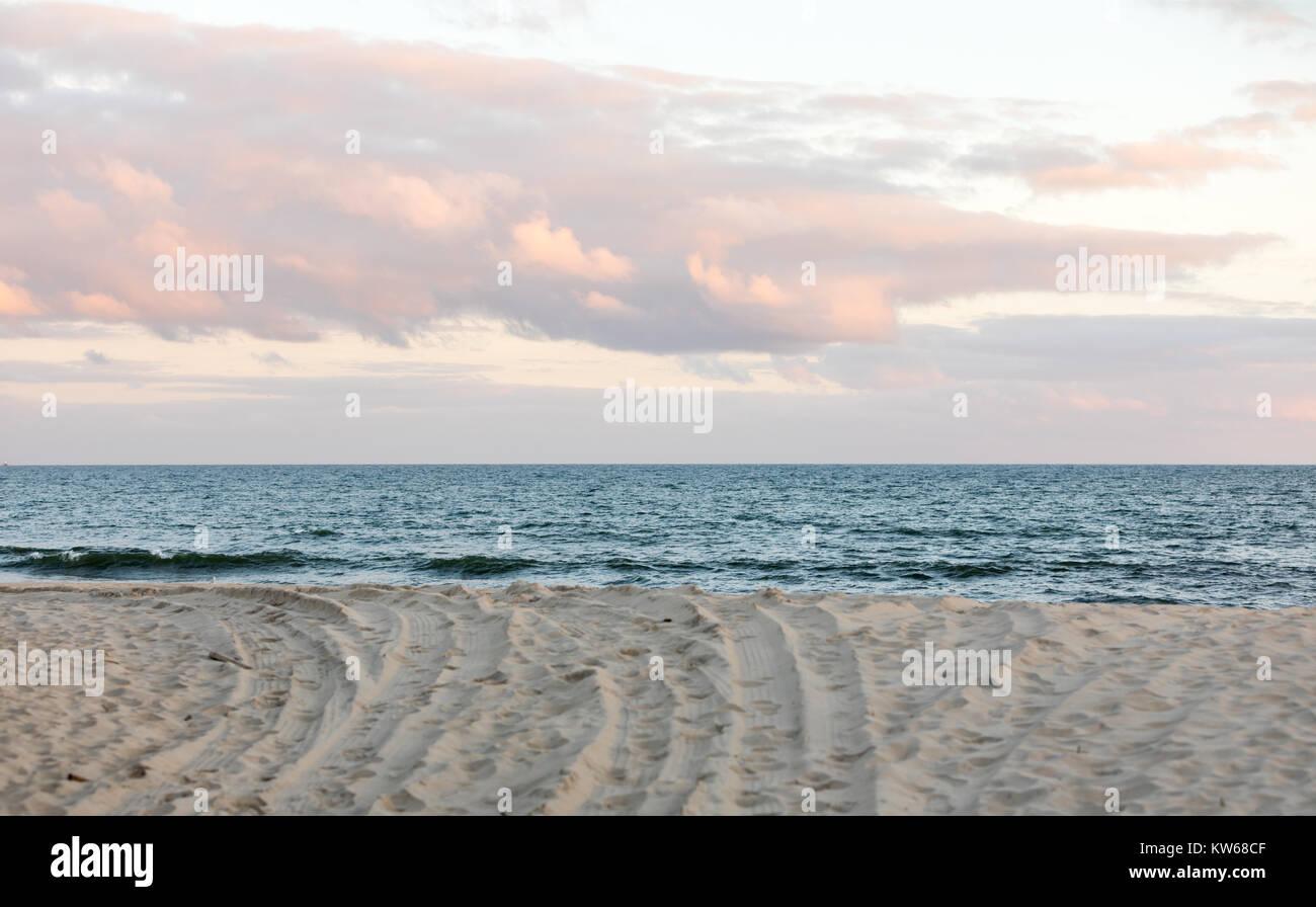 view of the atlantic ocean in east hampton, ny - Stock Image