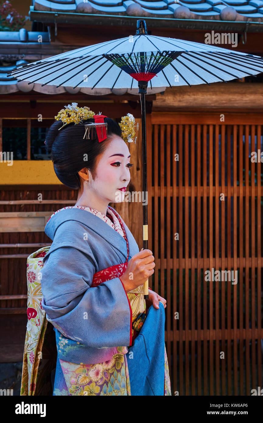 Japan, Honshu island, Kansai region, Kyoto, Gion, Geisha area - Stock Image