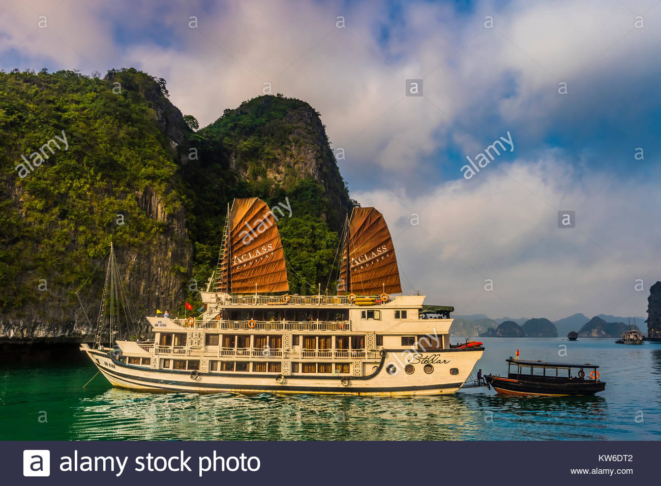 Aclass Cruises Stellar anchored in Halong Bay, North Vietnam. The bay features 3,000  limestone and dolomite karsts - Stock Image