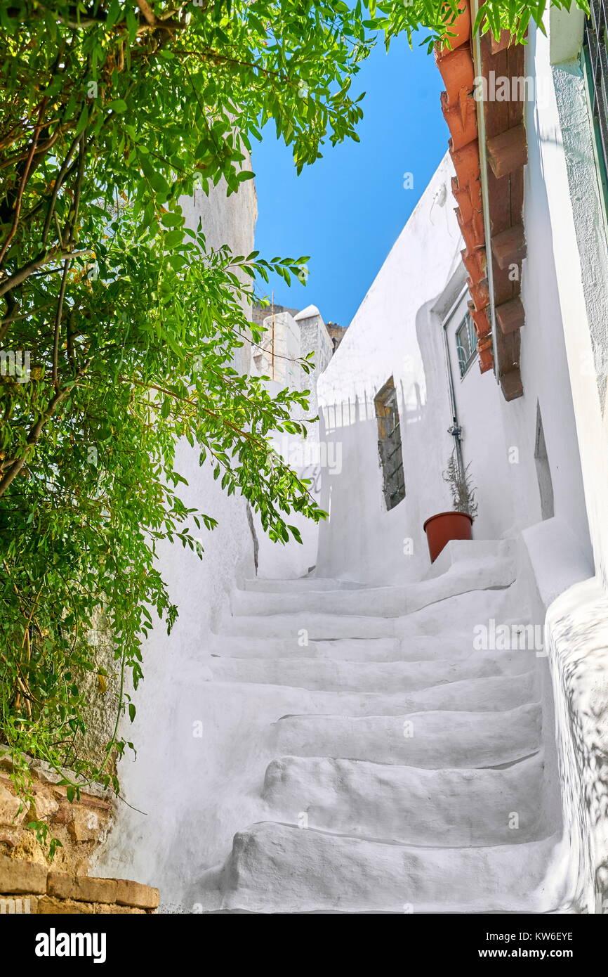Traditional white houses in the Anafiotika quarter under the Acropolis, Athens, Greece Stock Photo