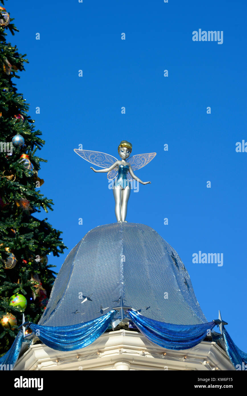 Christmas Tinkerbell.Tinkerbell Figurine Statue Statuette Disneyland Paris With
