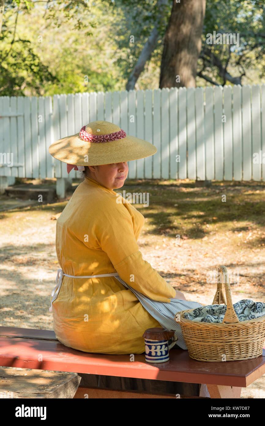 Costumed interpreter in Colonial Williamsburg. - Stock Image