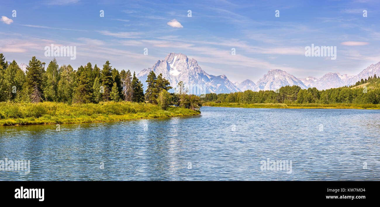 Panoramic view of Grand Teton National Park from Oxbow Bend over the Snake River in Wyoming - Stock Image