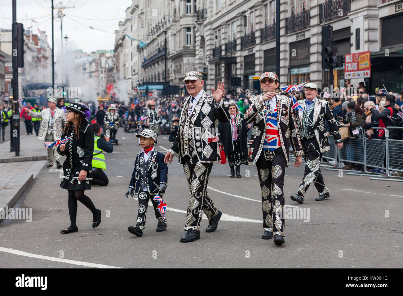 London, UK. 1st Jan, 2018. The Pearly Kings and Queens on Picadilly. Performers, bands and other participants entertain - Stock Image