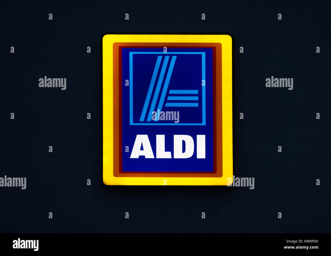 aldi store sign company logo neon light - Stock Image
