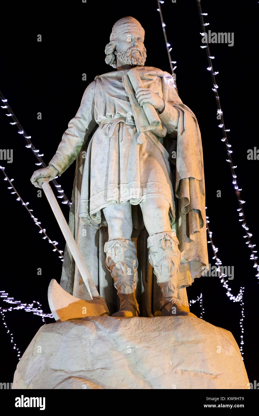 Statue of Alfred the Great, Wantage market place - Stock Image