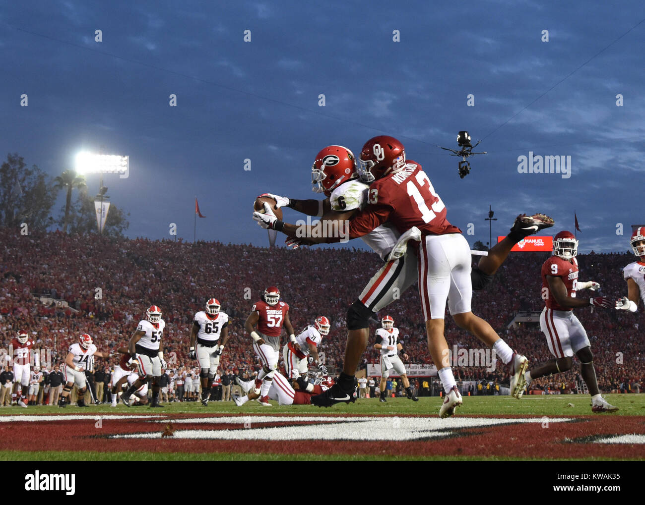 Pasadena, California, USA. 01st Jan, 2018. Georgia Bulldogs wide receiver Javon Wims #6 catches a touchdown during Stock Photo