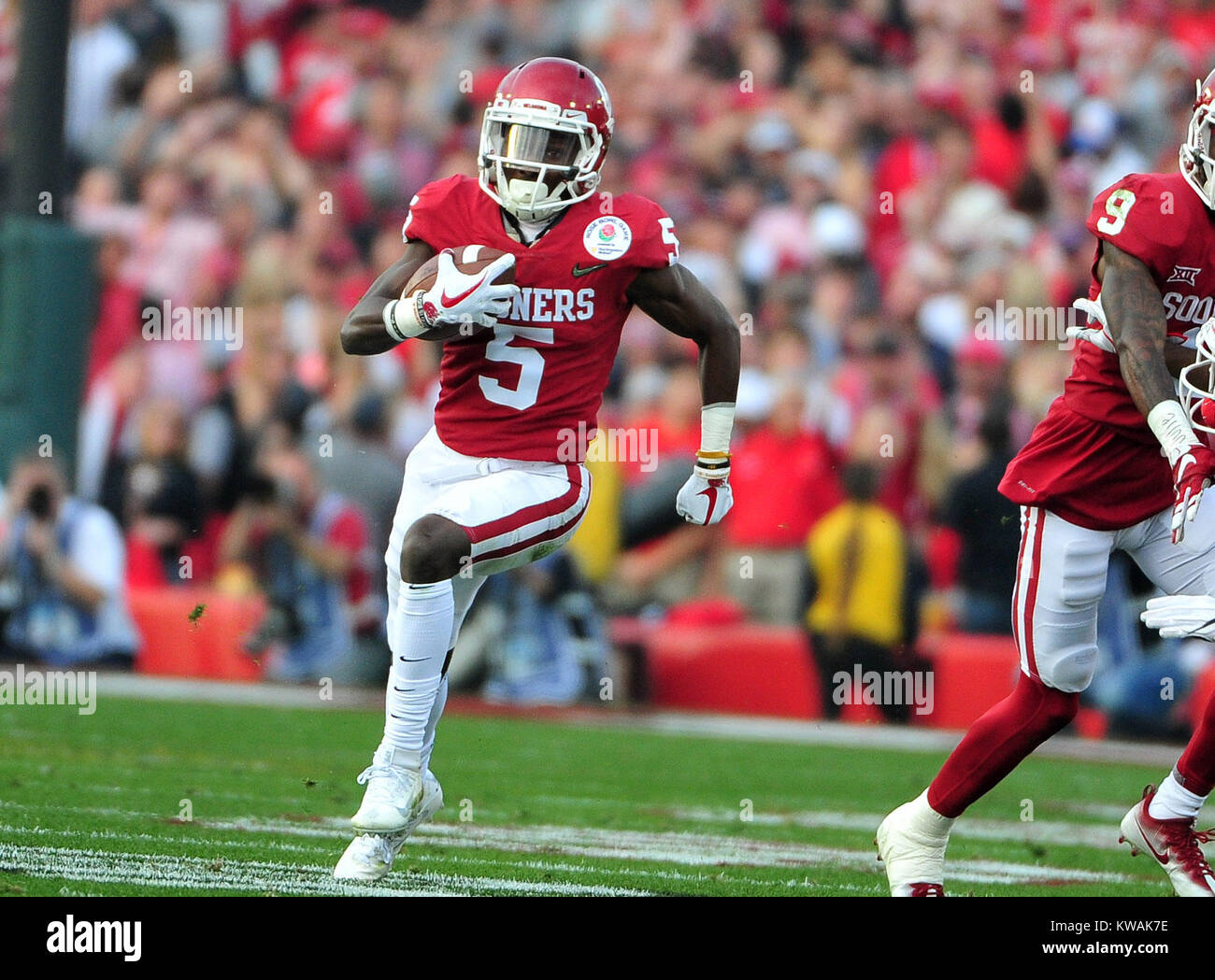 Pasadena, California, USA. 01st Jan, 2018. Oklahoma Sooners wide receiver Marquise Brown #5 during the 2018 Rose Stock Photo