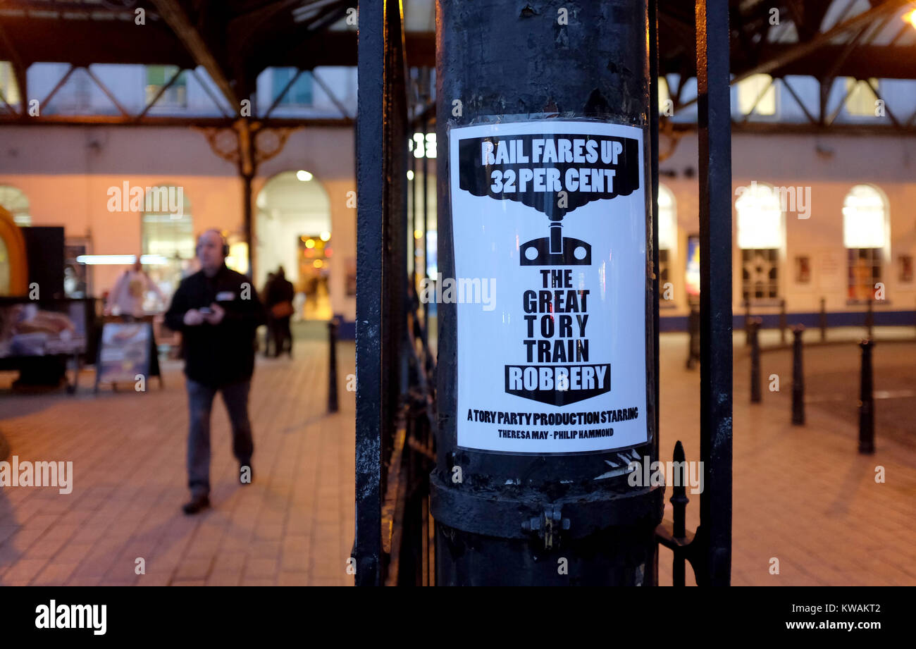 Brighton, UK. 2nd Jan, 2018. A poster outside Brighton railway station this morning against the rail fare rises - Stock Image