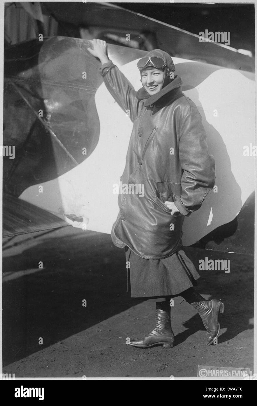 The only woman granted a pilot's license by the US Army and Navy Committee of Aeronautics, Marjorie Stinson - Stock Image
