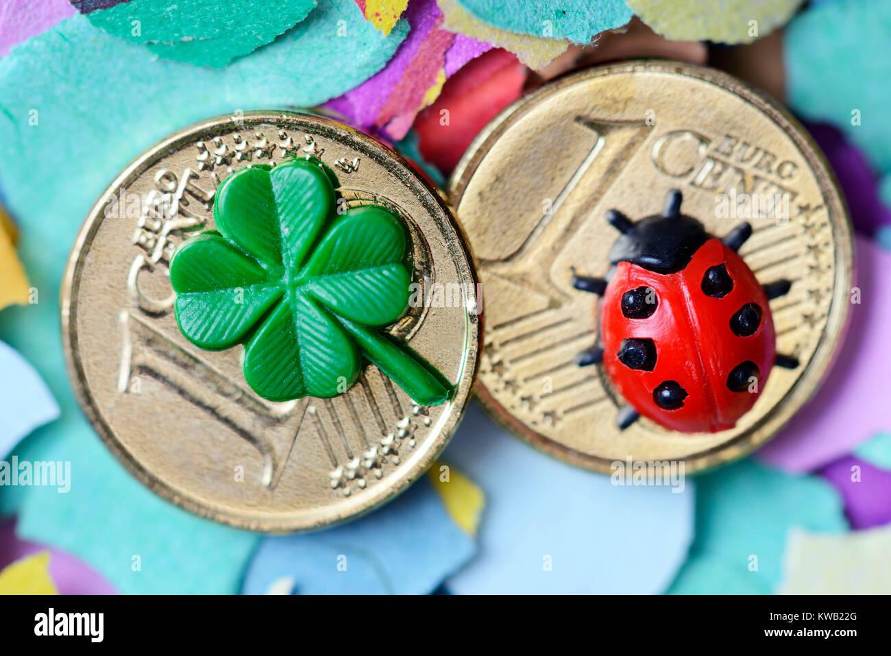 Luck bringer on one-cent coins, turn of the year, Glücksbringer auf Ein-Cent-Münzen, Jahreswechsel, Gluecksbringer - Stock Image