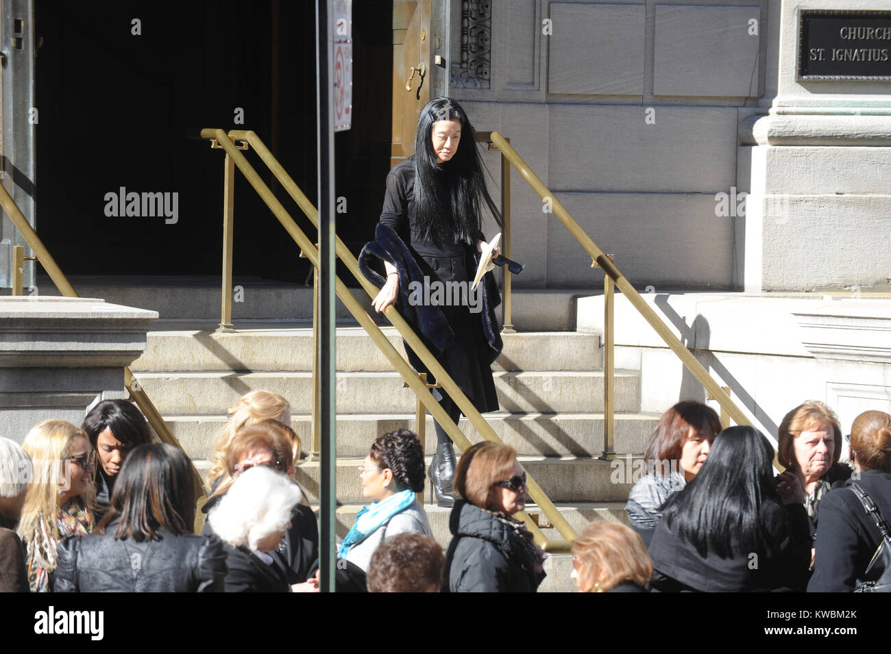 New York Ny November 03 Vera Wang Arrive At The Funeral Of Stock Photo Alamy