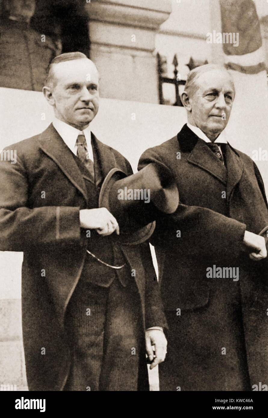 Calvin Coolidge and Edwin Curtis review parade of the Boston Police in 1920. The Governor and Police Commissioner - Stock Image