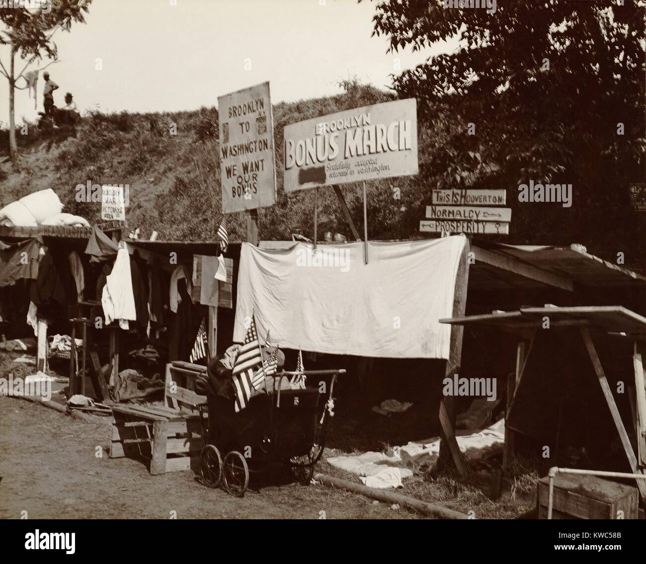Encampment shanties of Brooklyn veterans in the Bonus Expeditionary Forces in Washington, D.C. Signs read: Brooklyn - Stock Image