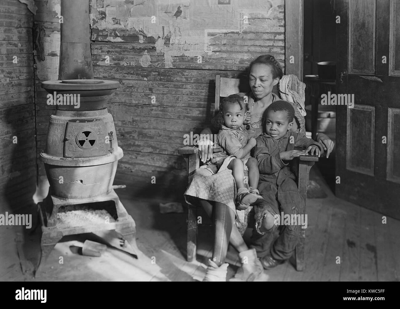 Wife and children of an unemployed African American coal miner in Scott's Run, West Virginia. Photo by Lewis - Stock Image