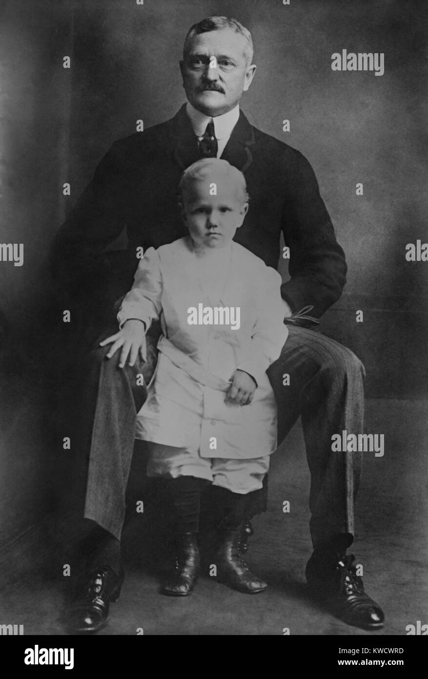 General John Pershing with his old son Francis Warren, c. 1914-15. While Pershing was on duty in Mexico, a fire - Stock Image
