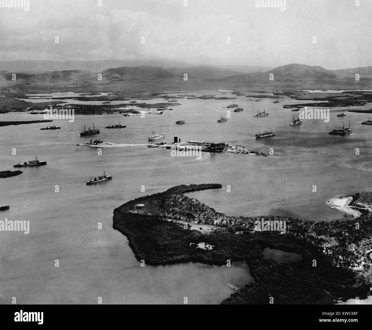 Aerial view of Guantanamo Bay, US Naval base in Cuba, 1927. Aerial view of 29 destroyers, 14 auxiliaries, and two - Stock Image