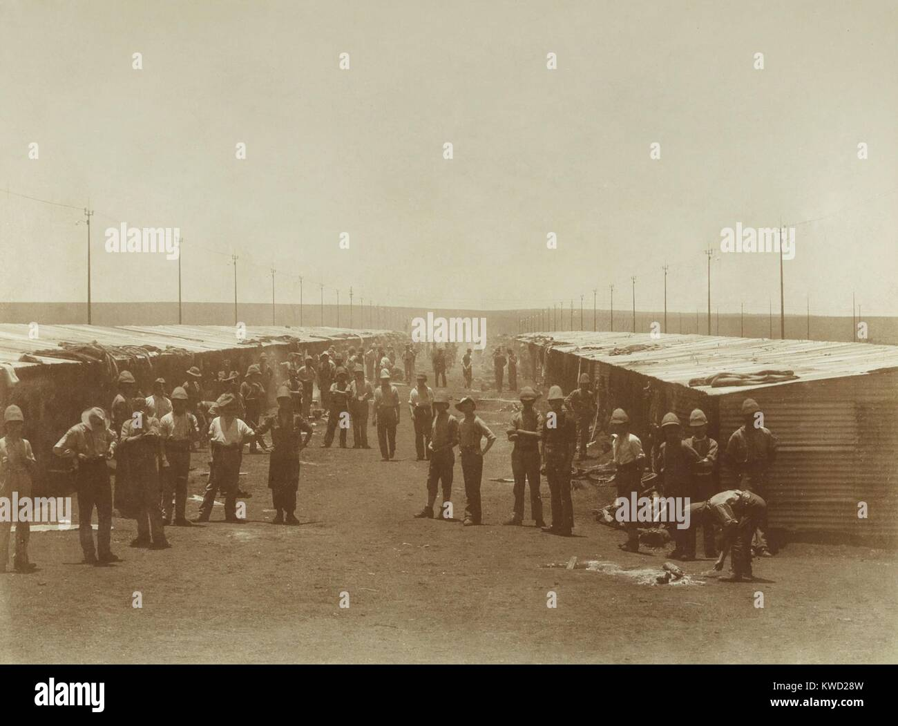 English prisoners of war in Waterval camp, held in South African Republic (Transvaal), 1899-1900. These men were - Stock Image