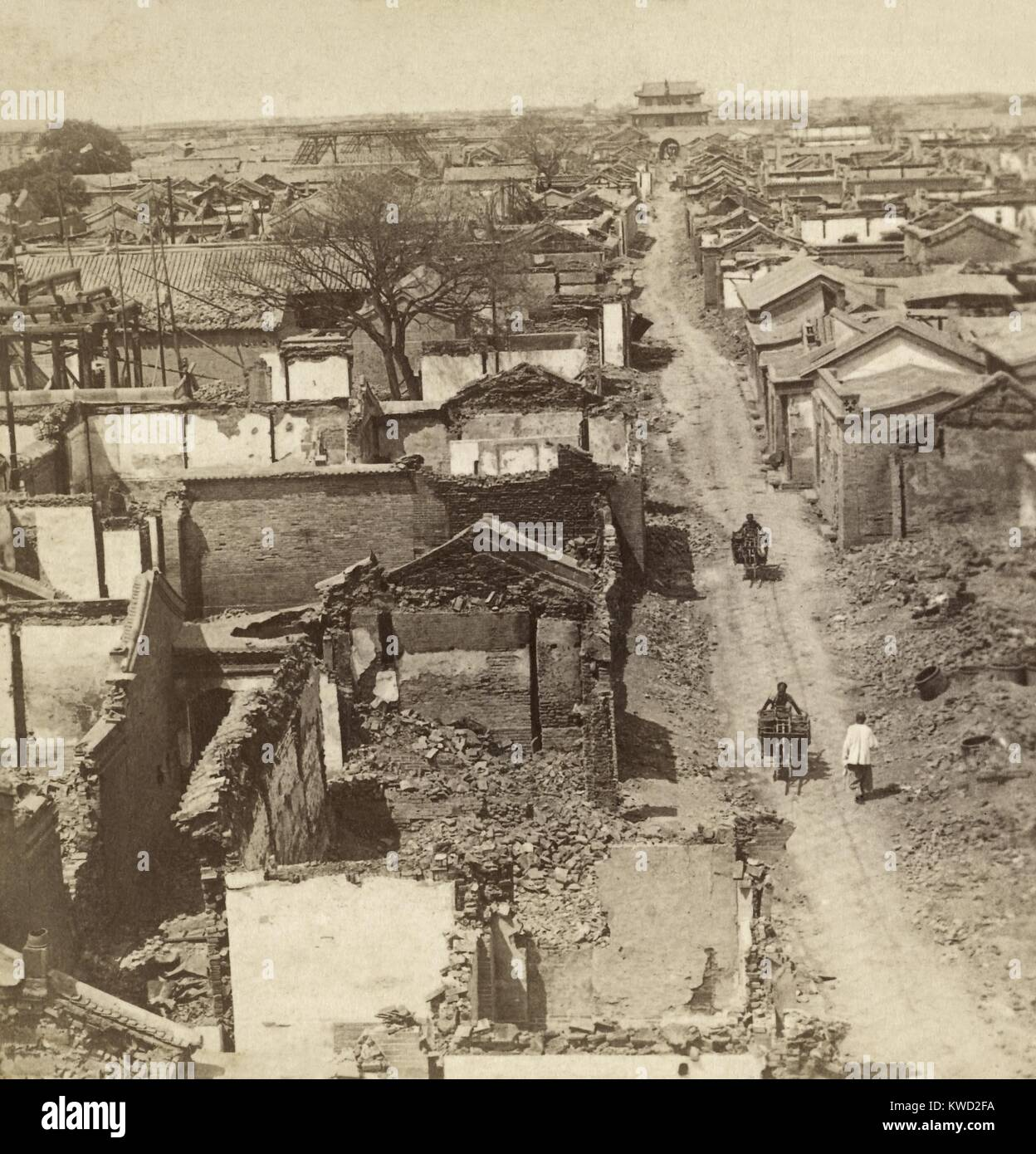 War-damaged Tianjin (Tientsin), China in July 1900 during the Box Rebellion. Its foreign quarter was besieged by - Stock Image