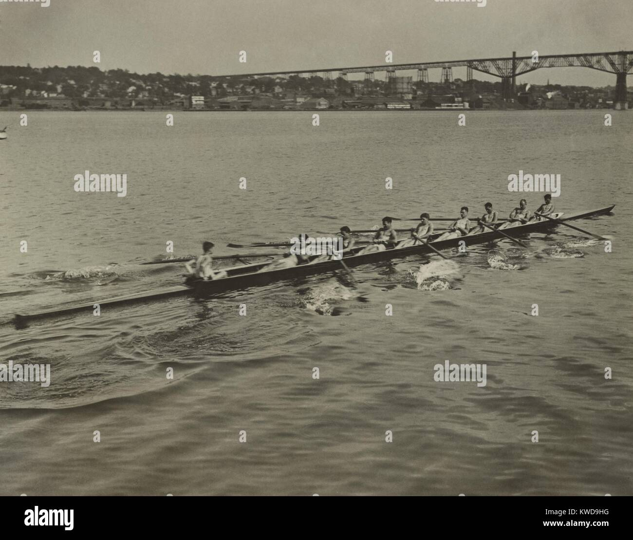 University of Pennsylvania varsity crew in the Hudson River at Poughkeepsie, June 20, 1922. They are training for Stock Photo