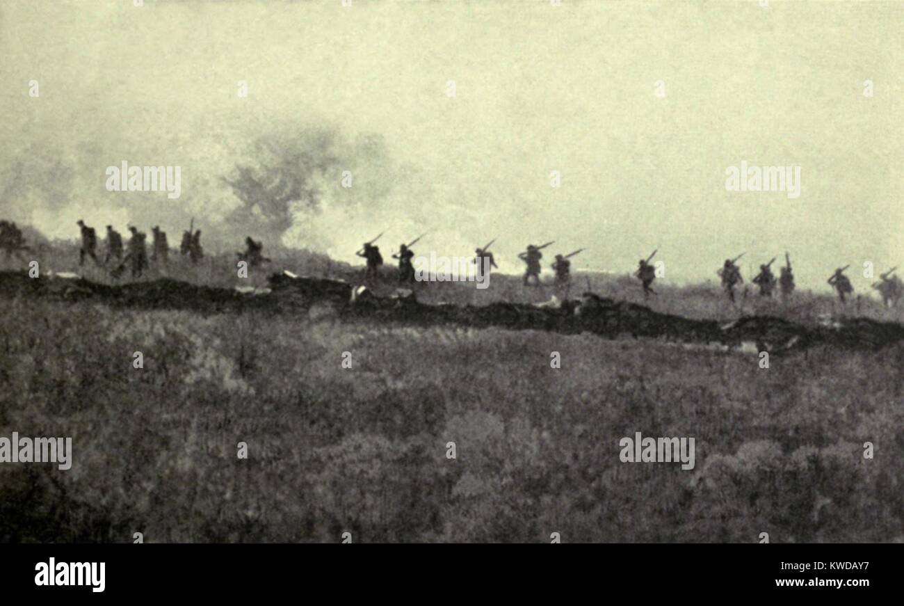 World War 1. Somme Offensive. British infantry of the Fourth Army advancing to the German line at Ovillers and La - Stock Image