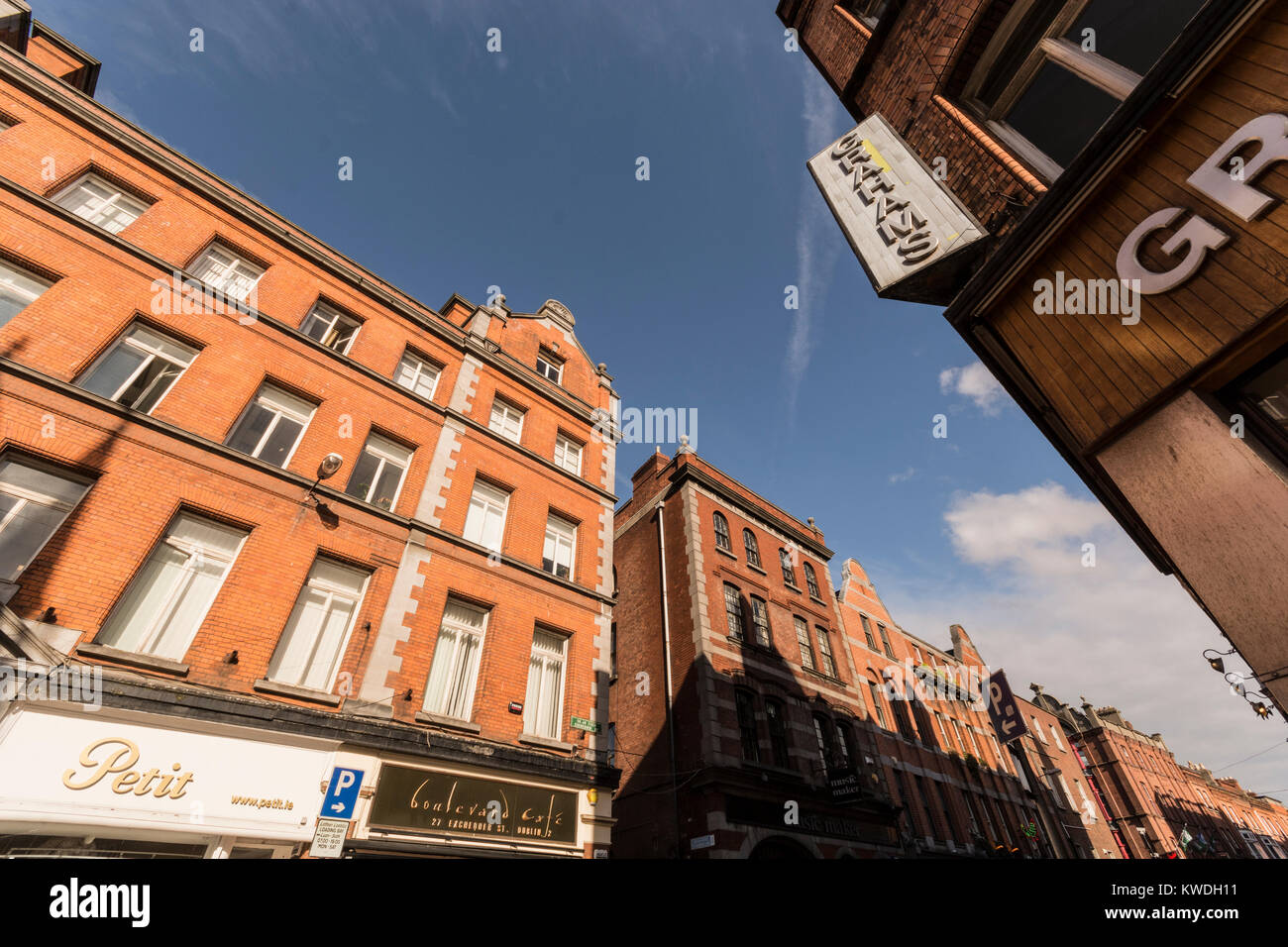 Drury street cross with Exchequer St. Downtown Dublin. Ireland - Stock Image