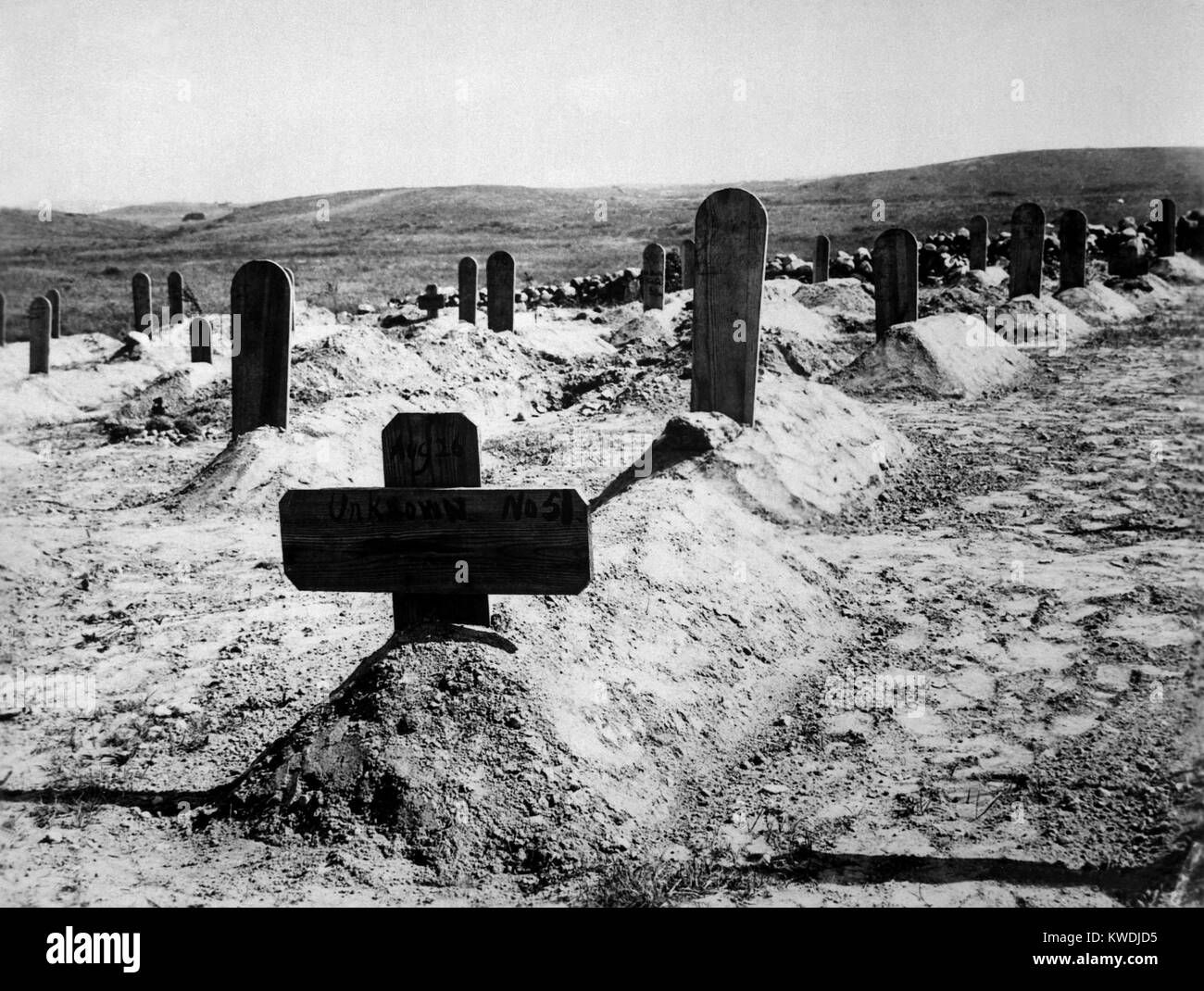 American soldiers graves in Cuba, c. 1898. From May 1898 until April 1899, US forces experienced 968 battle casualties - Stock Image