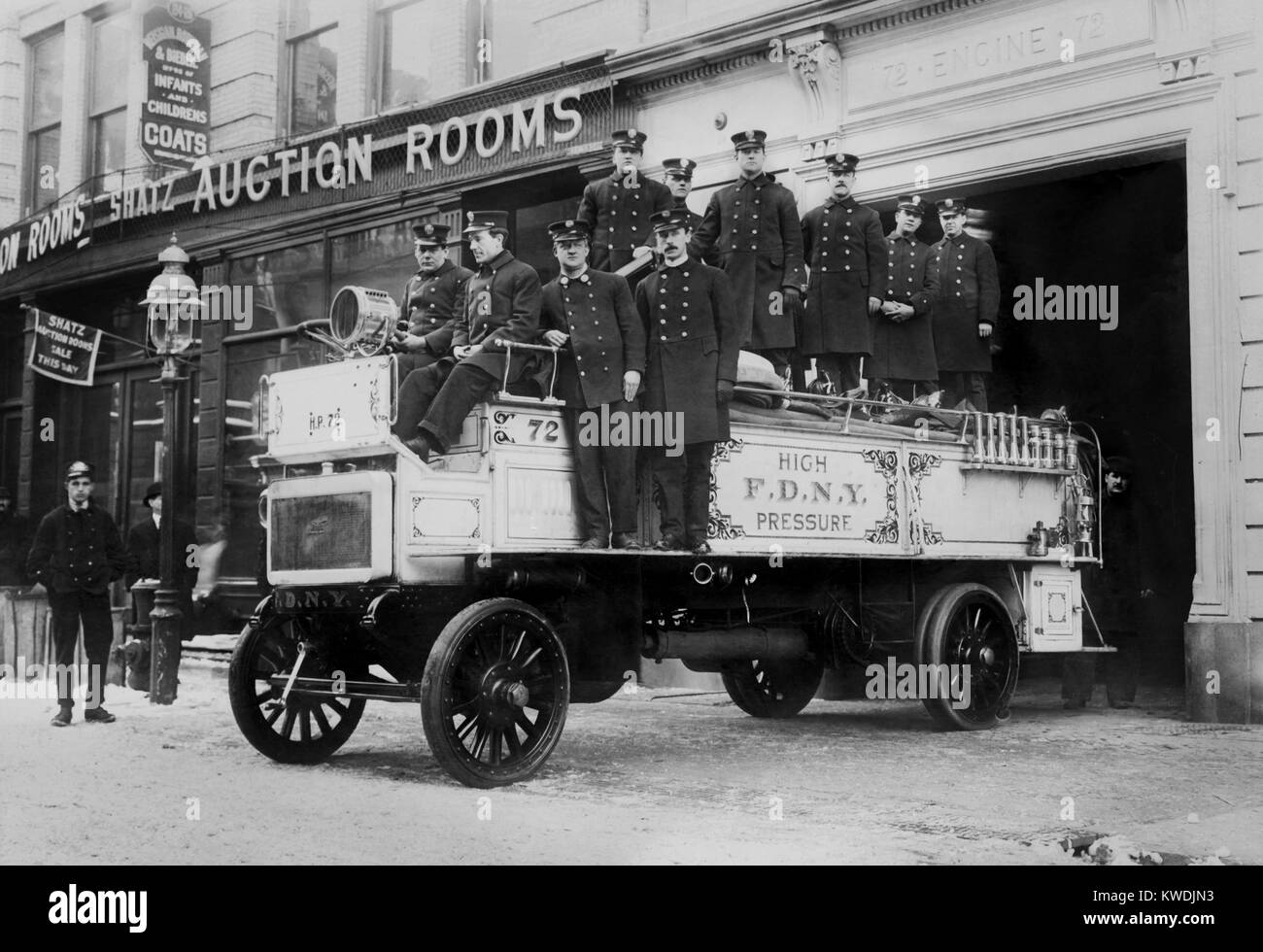 New York City Firemen on their high pressure motorized fire engine, c. 1908-16 (BSLOC_2017_17_100) - Stock Image