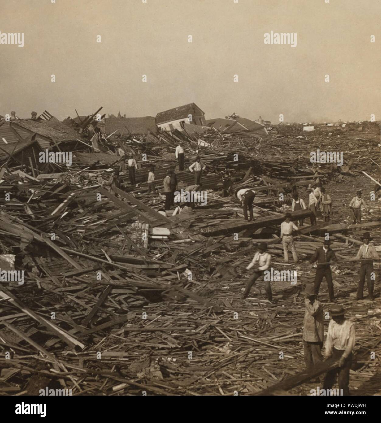 Searching for the dead among the ruins, Galveston, Texas, two days or more after the disaster. On Sept. 8, 1900, - Stock Image