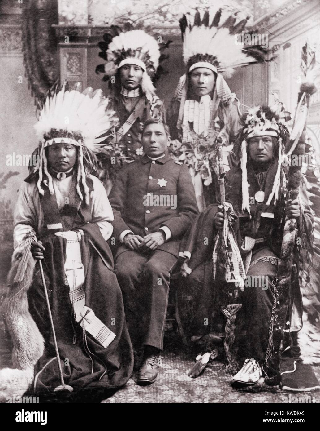 Capt. George Sword, Chief of Indian Police with Buffalo Bills Indians, Pine Ridge Agency, S.D. 1891. After the Wounded - Stock Image