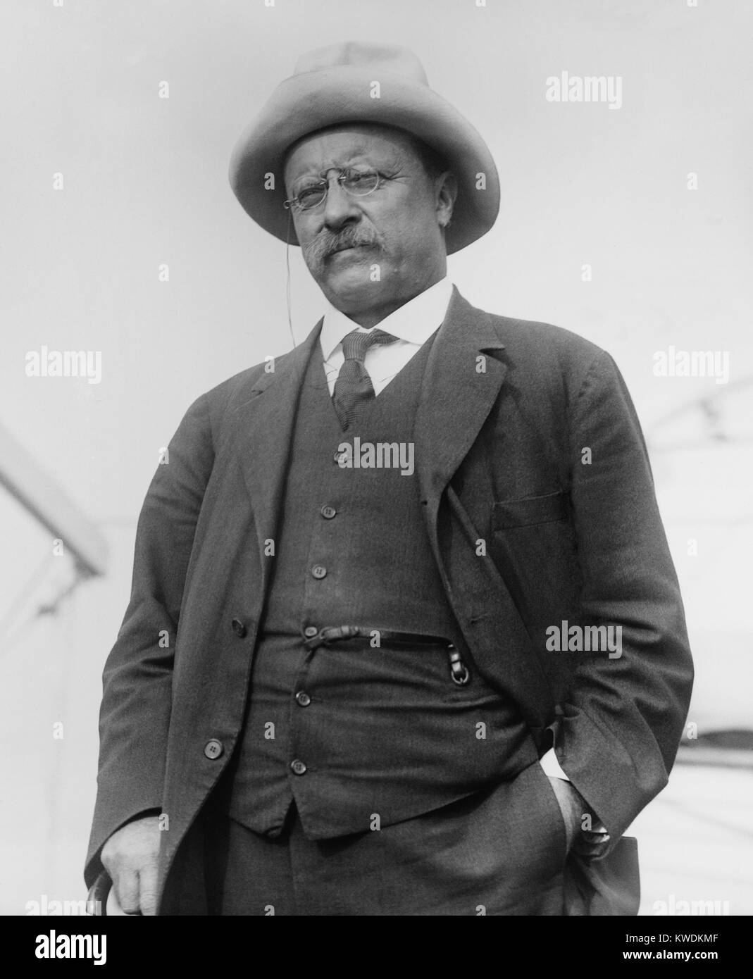 Theodore Roosevelt arrived in NYC from Brazil on May 19, 1914. He was still ill with malaria, walked with a cane, - Stock Image