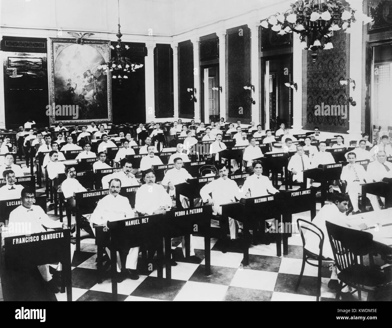 The popularly elected Philippines Assembly in its first session from 1908 to 1911. In 1916 the Philippine Senate Stock Photo
