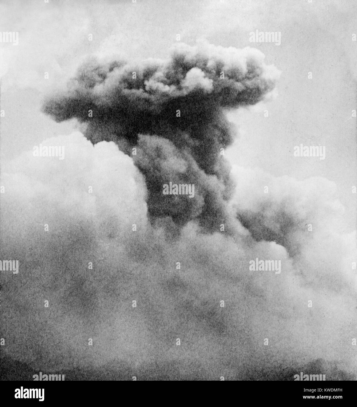 Mushroom smoke column of Mont Pelee, Martinique, a French territory in Caribbean in June 1902. The volcano began - Stock Image