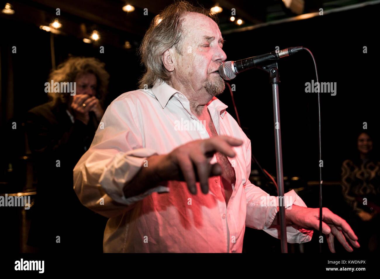Barcelona, Spain. November 30, 2017. Concert by The Pretty Things in Marula Café. Organized by A Wamba Buluba. - Stock Image